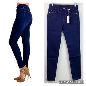 NWT KanCan dark wash Estilo skinny stretch jeans